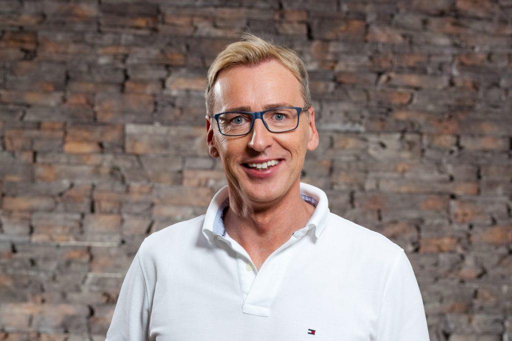 Dr. Carsten Axt – Zahnarzt